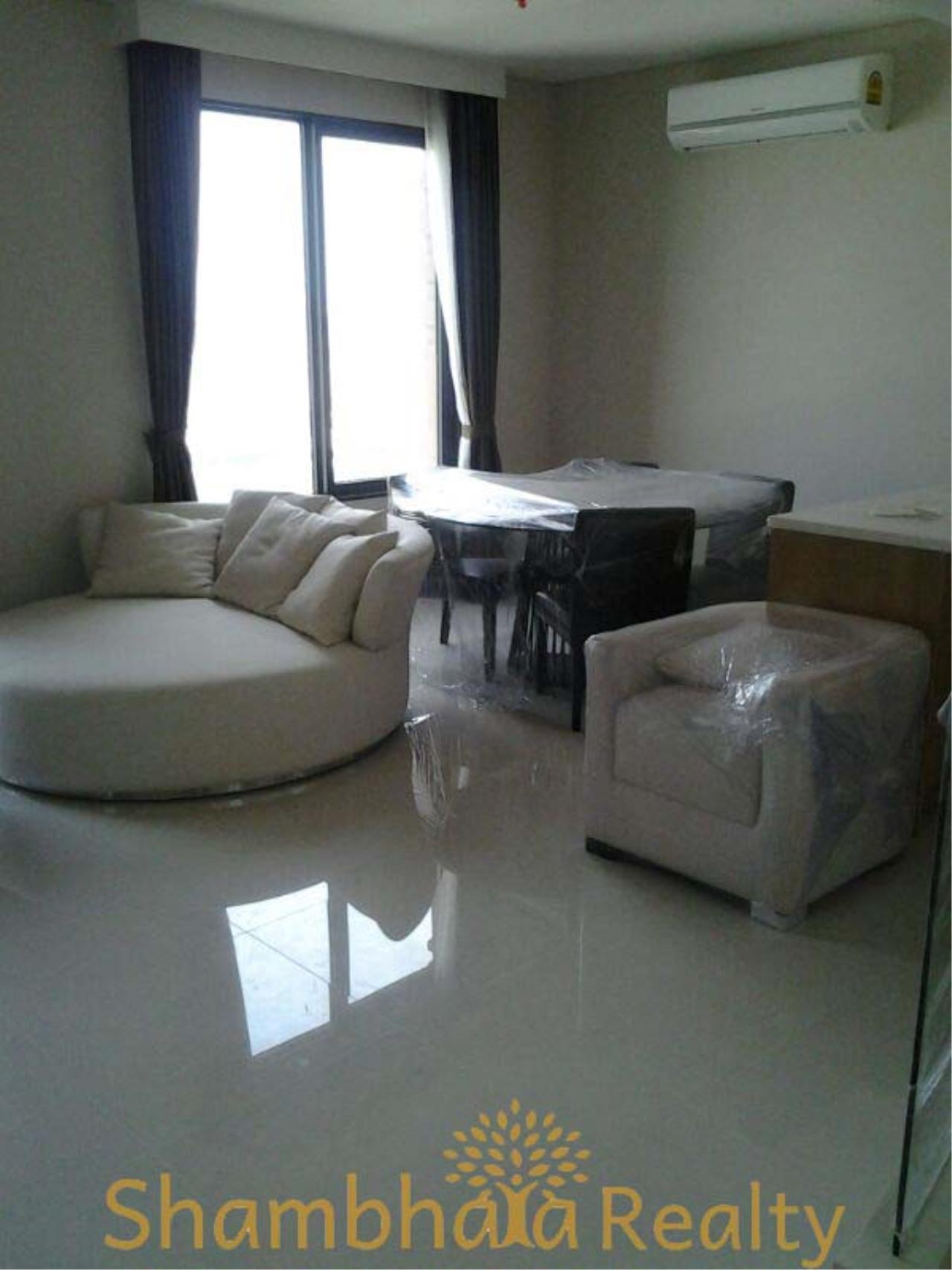 Shambhala Realty Agency's Villa Asoke Condominium for Rent in Petchaburi 3